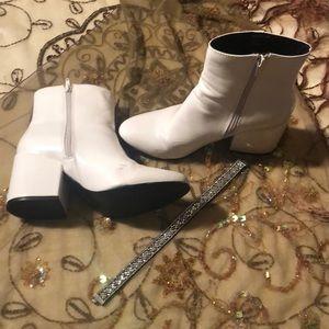 White Madden girl Booties